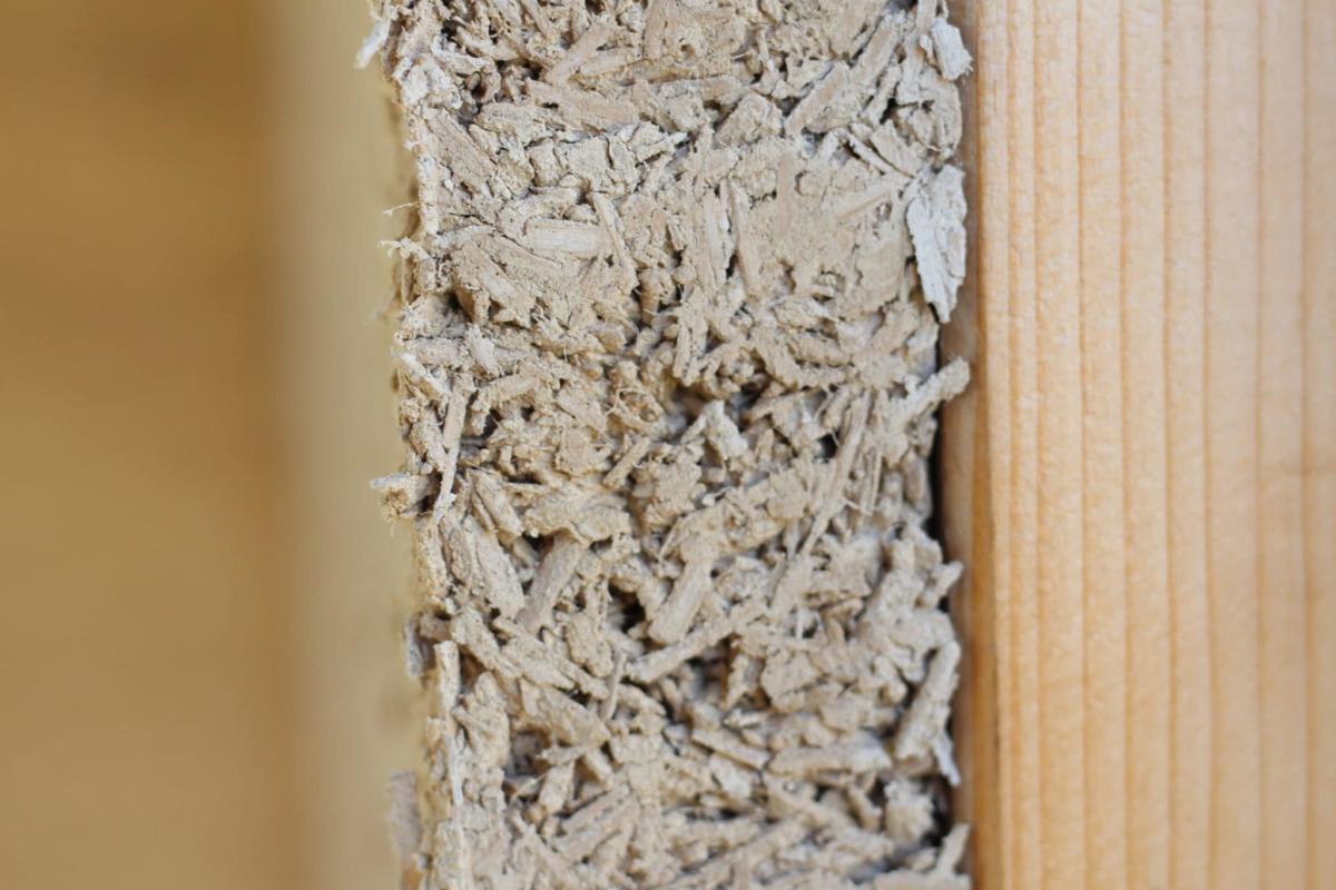 Wandquerschnitt mit Holzständer und Hanfkalk Dämmung