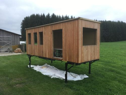 tinyhemphouse-auf-staender